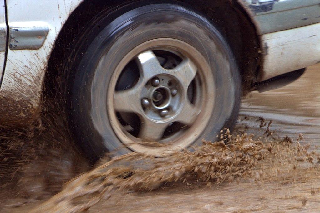 1024px-Car_wheel_round